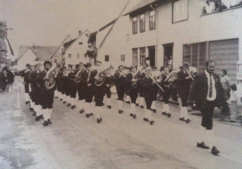 Festzug beim Kreismusikfest in Mehrstetten 1988